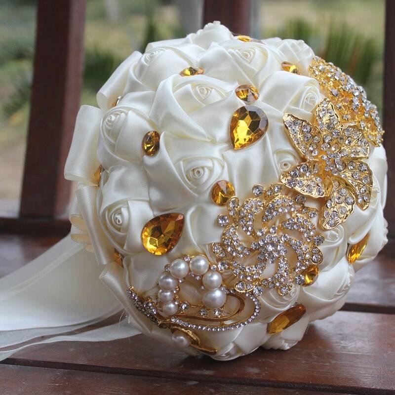 Брошь-букеты для невесты — роскошный аксессуар